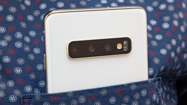 طراحی گوشی سامسونگ Galaxy S10