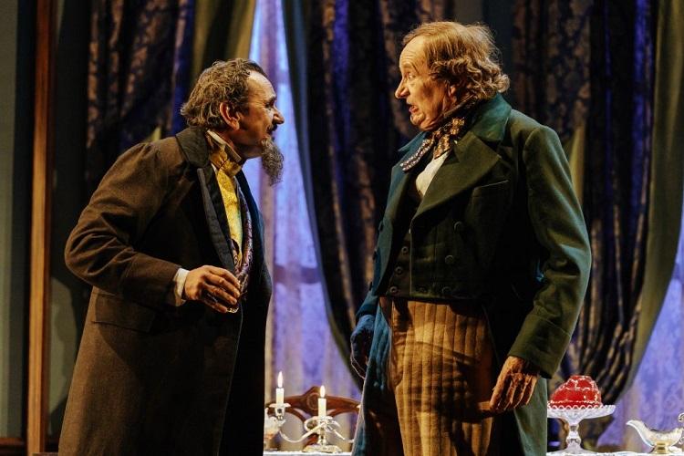 اجرایی از «یک ماجرا...» در تئاتر بریج لندن