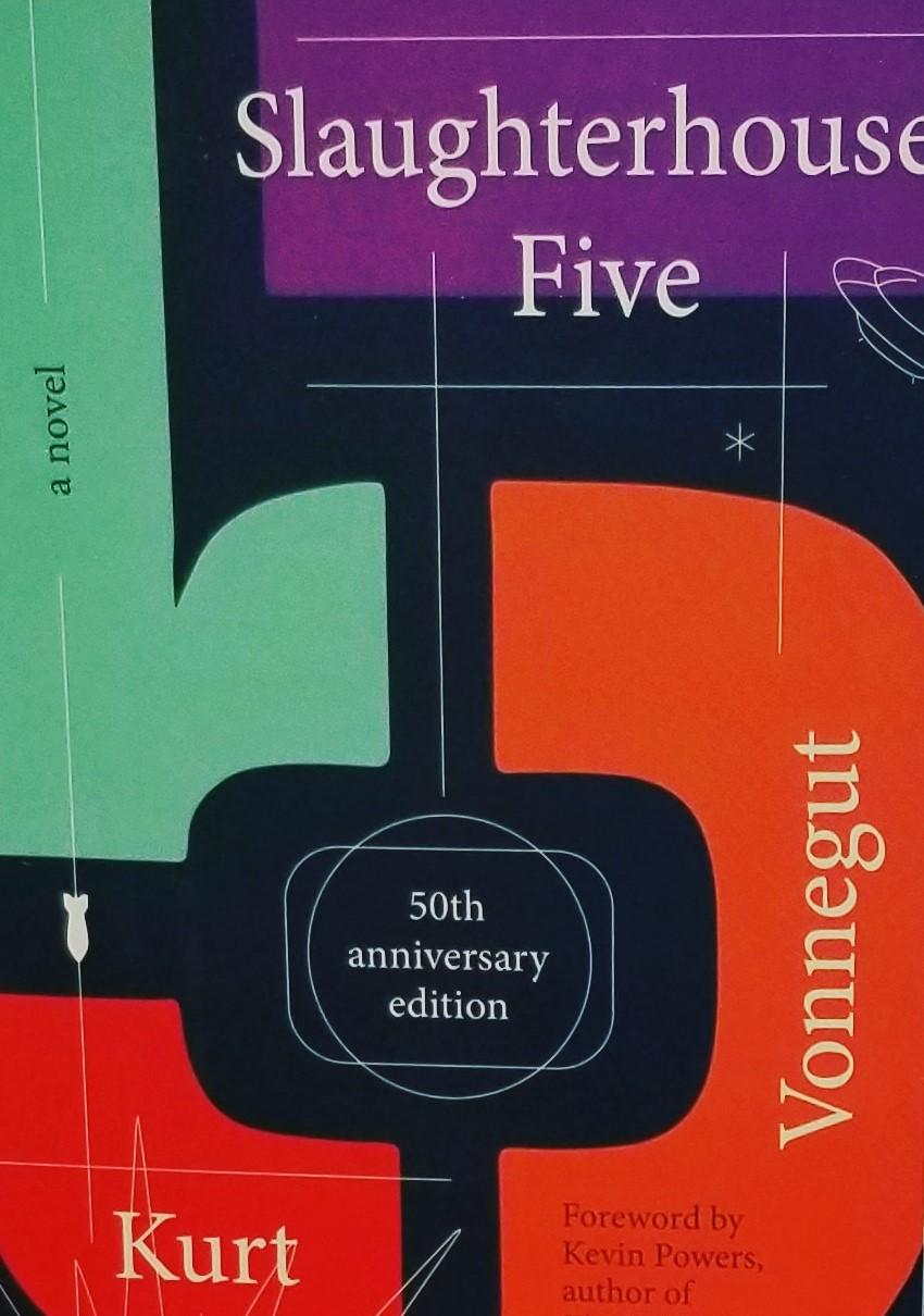 کتاب سلاخ خانه شماره پنج